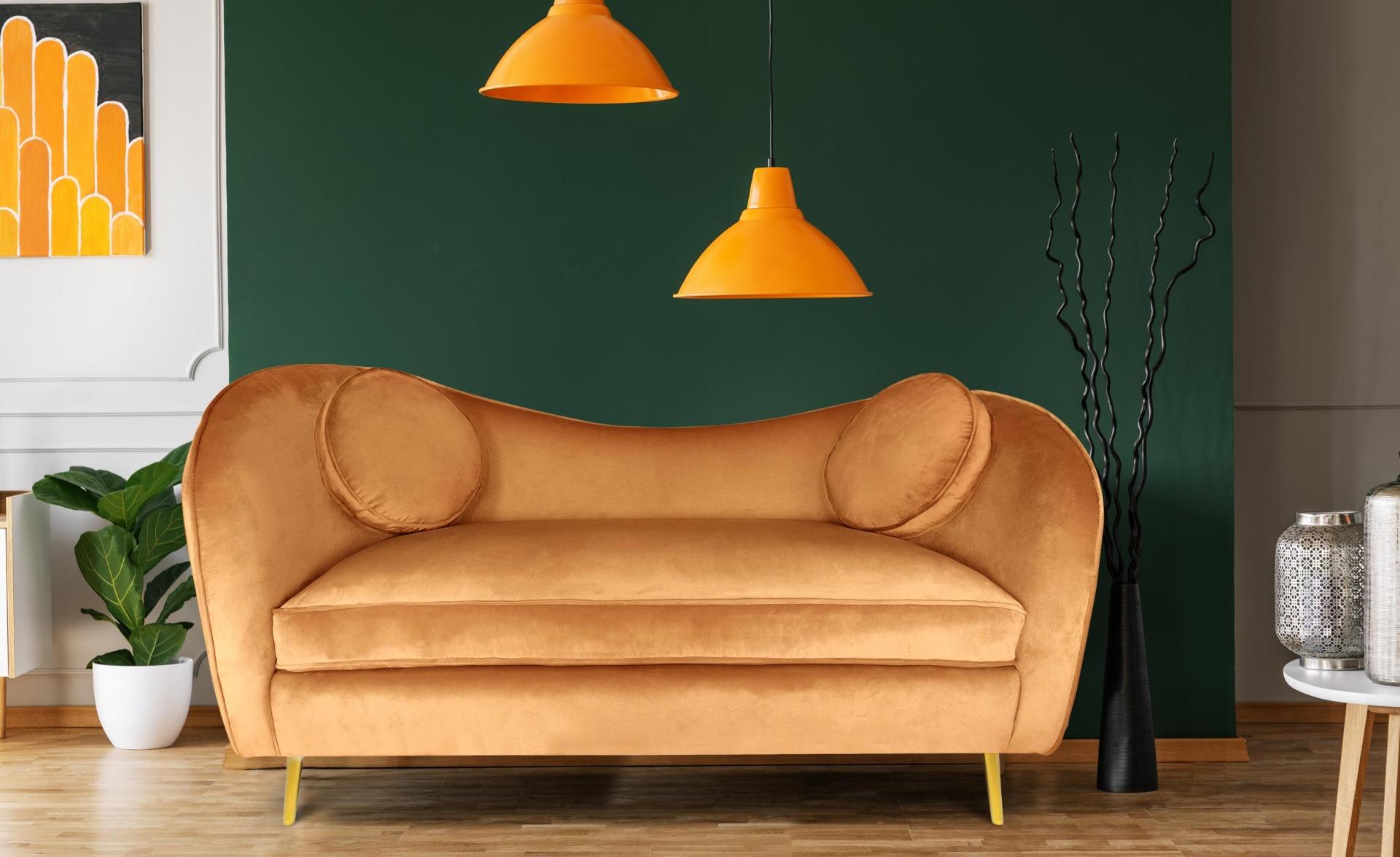 2-zitsbank Altess Velvet Terracotta met Goudkleurige metalen poten