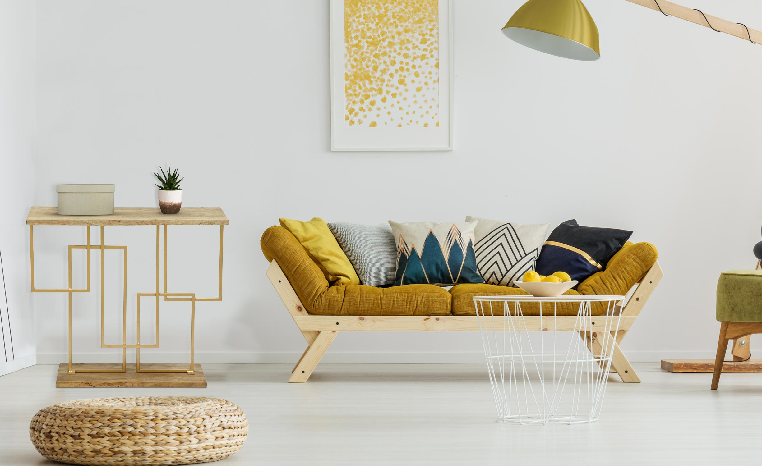 Penta-console in hout en goudkleurig metaal