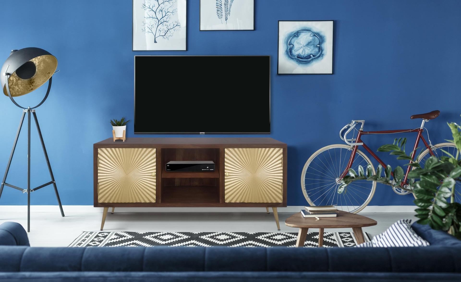Solaris houten en gouden tv-kast